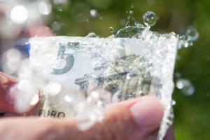 euros, cash, money laundering