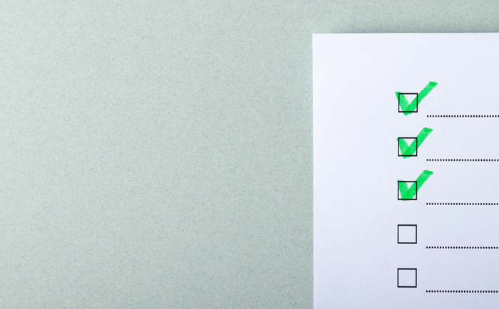 Checklist for evaluation with green ticks